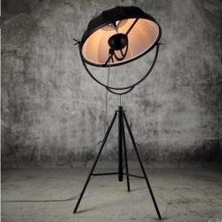 lampadar negru mare